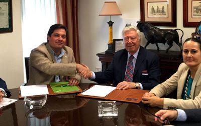 Caja Rural del Sur y Ecovalia firman un convenio de colaboración para el fomento del desarrollo rural