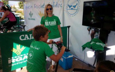 Marbella acogió la 'Bicicleta solidaria' de Caja Rural del Sur