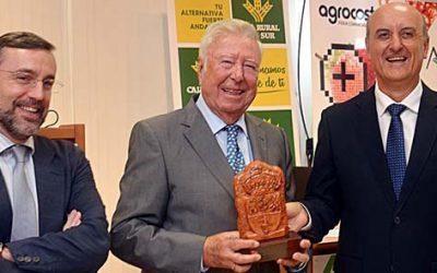 Agrocosta, en la clausura de su XXV edición, reconoce el apoyo de Caja Rural del Sur desde sus comienzos en 1988