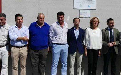 La consejera de Agricultura asiste a la puesta en marcha de las mejoras de regadíos de Monte Algaida que han sido financiadas por Caja Rural del Sur