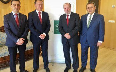 Caja Rural del Sur financia con 10 millones de euros a la Diputación de Sevilla para los anticipos del OPAEF