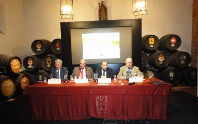 El sector del vino analizado en una jornada de Cooperativas Agro-Alimentarias con la colaboración de Caja Rural del Sur