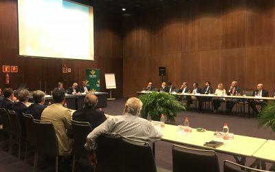 Reunión con clientes de la entidad en Sevilla para conocer sus puntos de vista