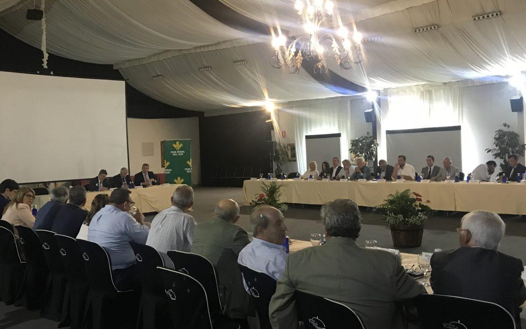La mejora de la atención y servicios de la entidad en el encuentro de Caja Rural del Sur con clientes de Huelva
