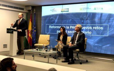 Jornada en Caja Rural del Sur sobre la reforma de la PAC ante el Brexit