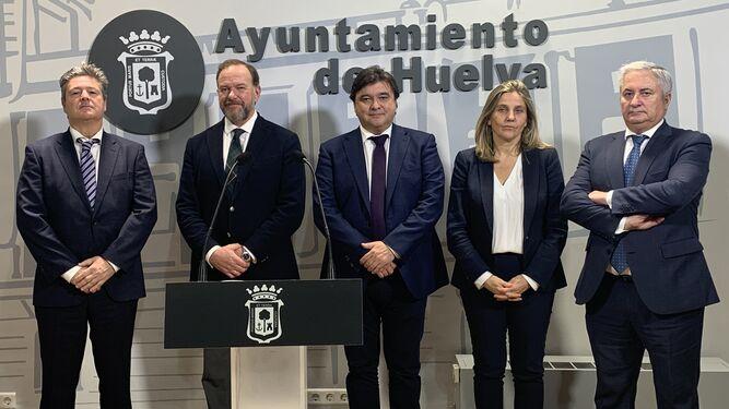 Caja Rural del Sur firma un préstamo con el Ayuntamiento de Huelva con el que este consistorio ahorrará 18,2 millones de euros en intereses