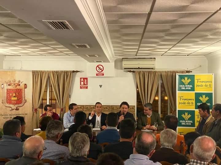 Asaja Cádiz y Fundación Caja Rural del Sur informan a los agricultores de la PAC 2020
