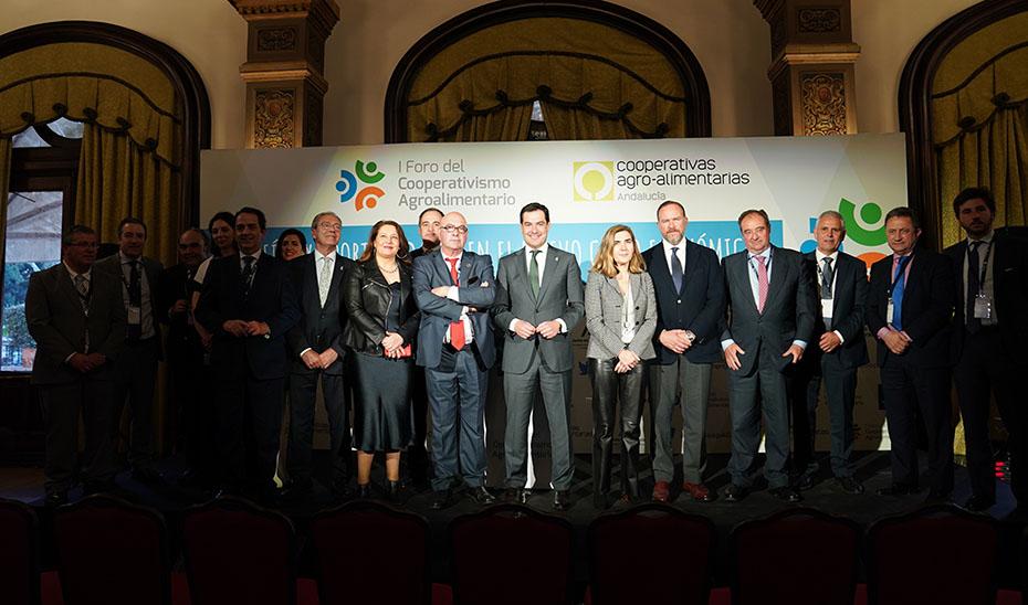 Caja Rural del Sur presente en el I Foro del Cooperativismo Agroalimentario celebrado en Sevilla