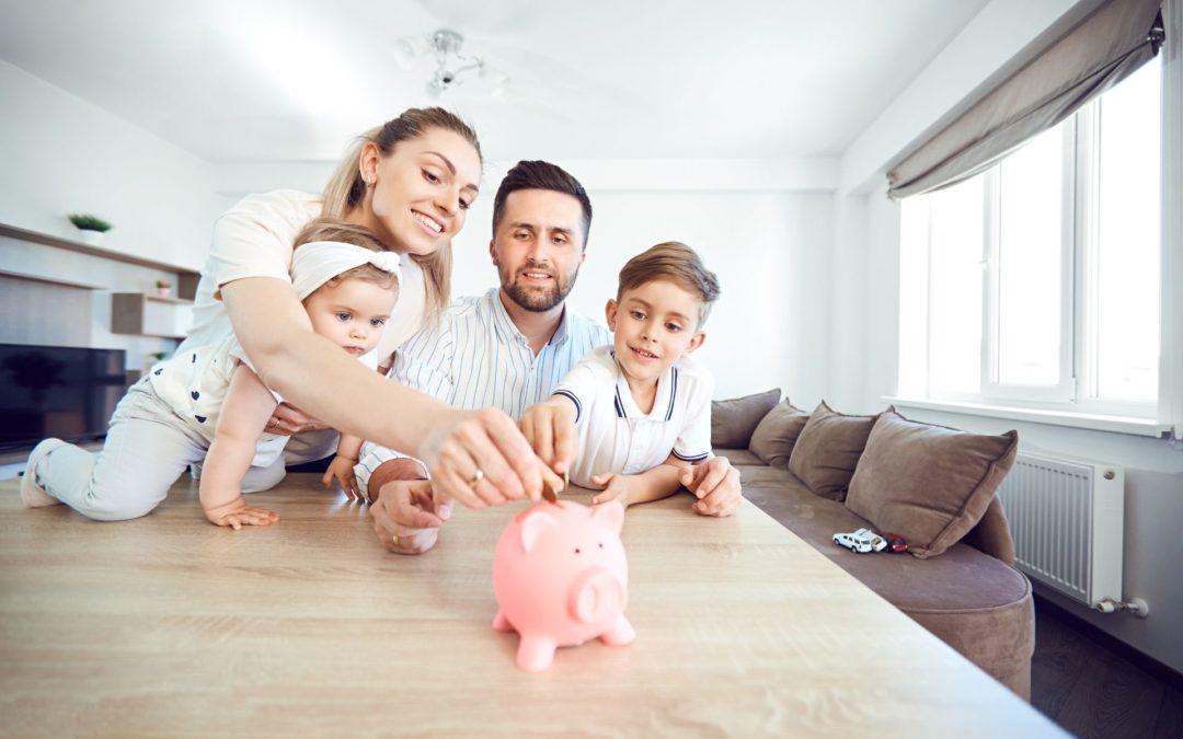 Aprovecha las vacaciones: enseña ahorro financiero a los peques