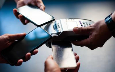 Si no tienes efectivo ¡Paga con el móvil!